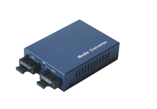100Base Singlemode to Multimode Media Converter